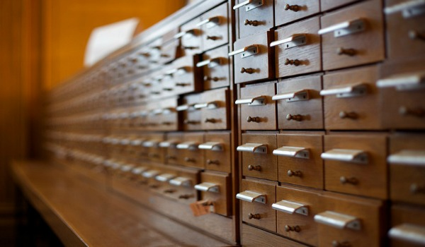card catalogue r